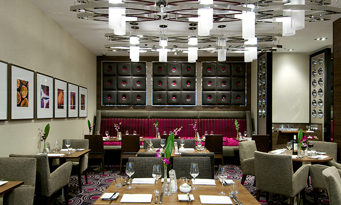 DoubleTree by Hilton Hotel London - Victoria, UK - 2 Bridge Place Restaurant