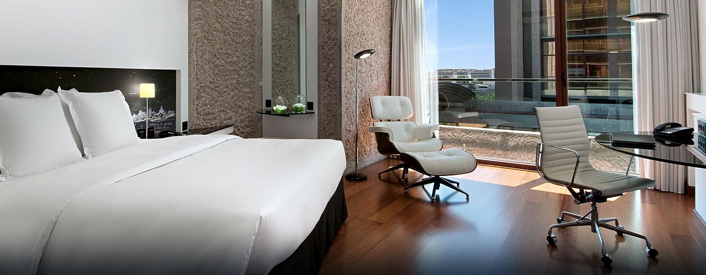Hoteles de negocios en madrid hilton madrid airport espa a for Cuarto piso pelicula