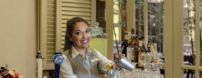 Hotel Embassy Suites Orlando - Lake Buena Vista South, FL - Recepción de cortesía estilo