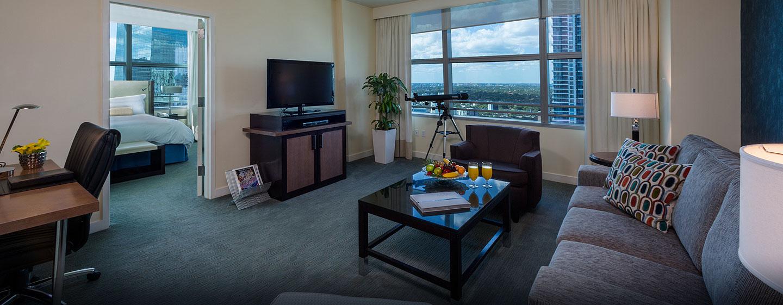 Hotel Conrad Miami, Flórida - Área de estar da suíte
