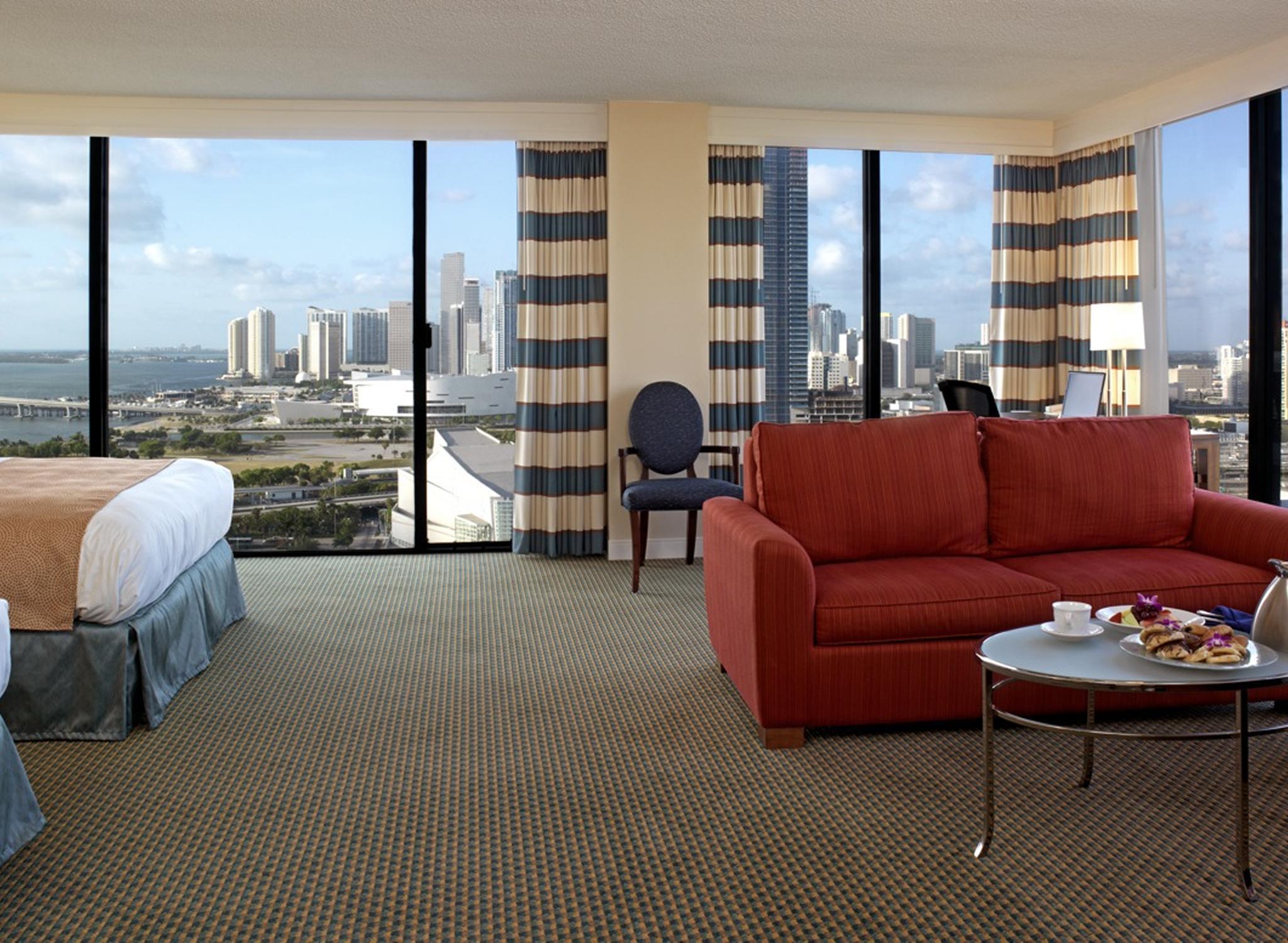 Hotel Hilton Miami Downtown Eua Habitación Con Camas Dobles