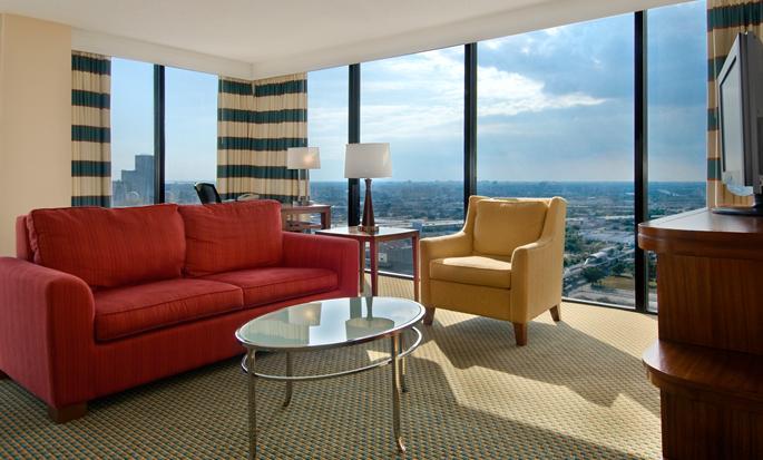 Hilton Miami Downtown Hotel, USA - Suite Living Area