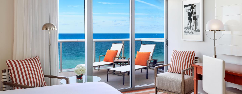 Genießen Sie das Meerespanorma vom priavten Balkon Ihres Zimmers