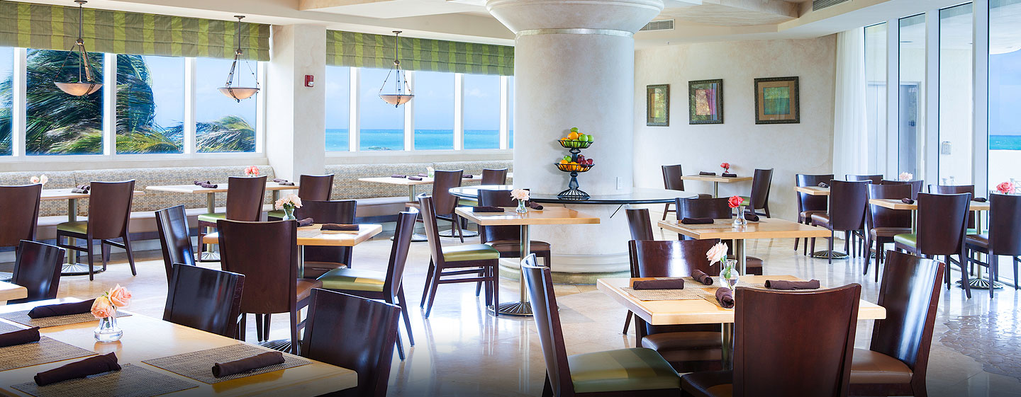 Hotel DoubleTree by Hilton Ocean Point Resort & Spa - North Miami Beach, FL - Restaurante The View