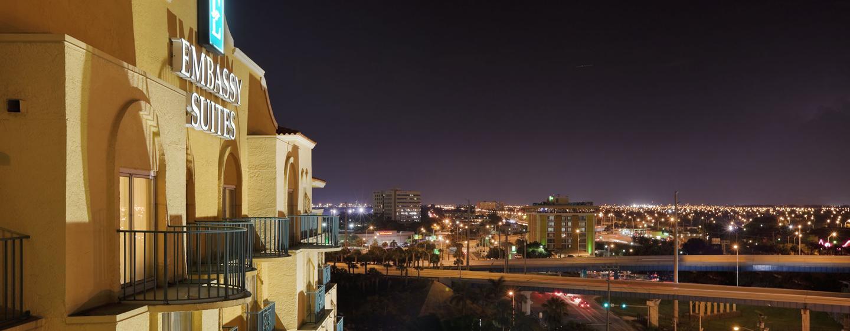 Embassy Suites Miami - Aeroporto Internacional, Flórida - Exterior da noite