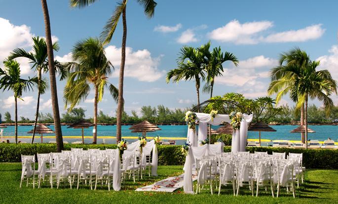 British Colonial Hilton Nassau, Bahamas - Bodas en el jardín