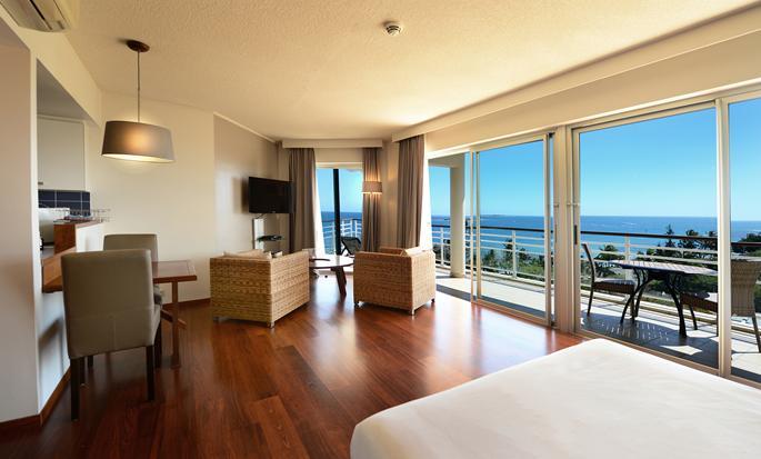 Hôtel Hilton Noumea La Promenade Residences, Nouvelle Calédonie - Studio de luxe avec très grand lit