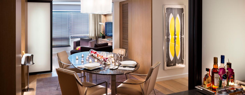 Hotel Conrad New York, Stati Uniti - Soggiorno e sala da pranzo della Conrad Suite
