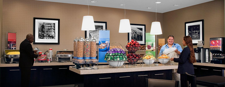 Hampton Inn Manhattan-Times Square North hotel, USA - Área de café da manhã