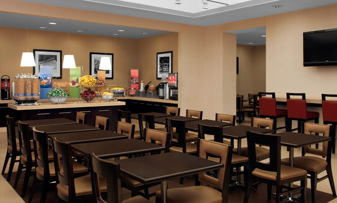 Hampton Inn Manhattan-Times Square North - Sala de café da manhã