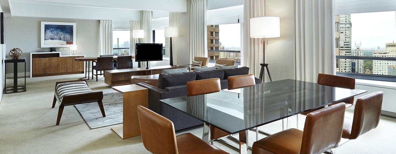 Hotel New York Hilton Midtown, Stati Uniti - Zona soggiorno della Suite Presidenziale