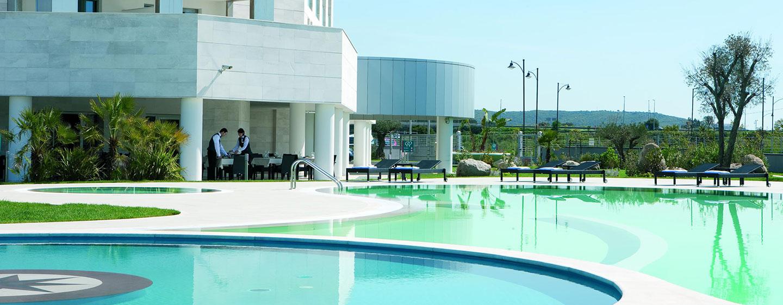 Doubletree by Hilton Hotel Olbia, Sardinia, Italia - Piscina esterna
