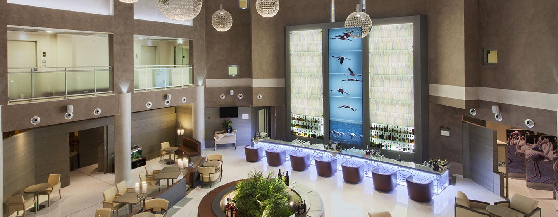Doubletree by Hilton Hotel Olbia, Sardinia, Italia - Zona bar