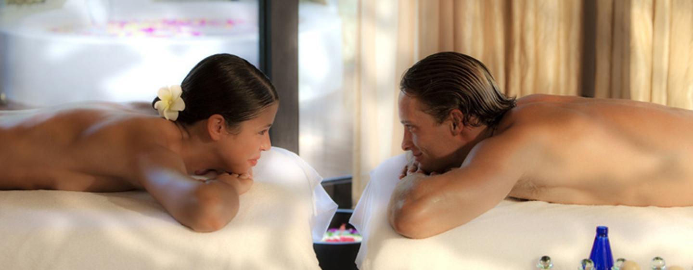 Lassen Sie sich im großen Spa mit verschiedenen Behandlungen oder Massagen verwöhnen