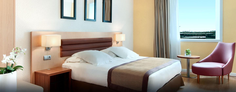 Hôtel Hilton Paris Orly Airport - Chambre de luxe avec grand lit