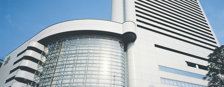 Das moderne Hilton Osaka befindet sich im Geschäftsviertel der Stadt