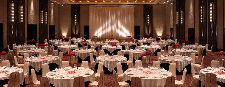 Laden Sie bis zu 1.000 Gäste zu einem Event in den großen Ballsaal ein