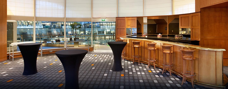 Hôtel Hilton Paris La Défense, France - Bar du cinquième étage