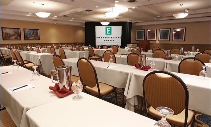 Embassy Suites Phoenix - Biltmore, EUA - Sala Santa Cruz