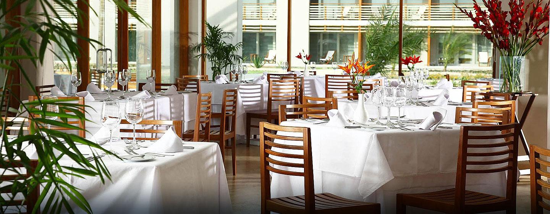 Hotel DoubleTree Resort by Hilton Hotel Paracas - Perú - Restaurante El Candelabro