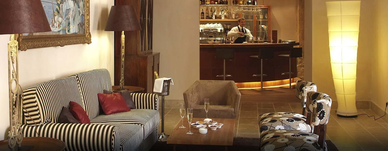 Hotel Hilton Sa Torre Mallorca Resort, Llucmajor, España - Bar Sa Clastra