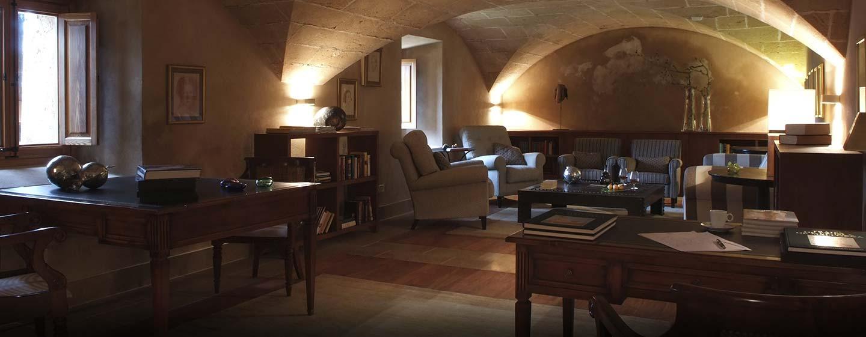 Hotel Hilton Sa Torre Mallorca Resort, Llucmajor, España - Sala de lectura
