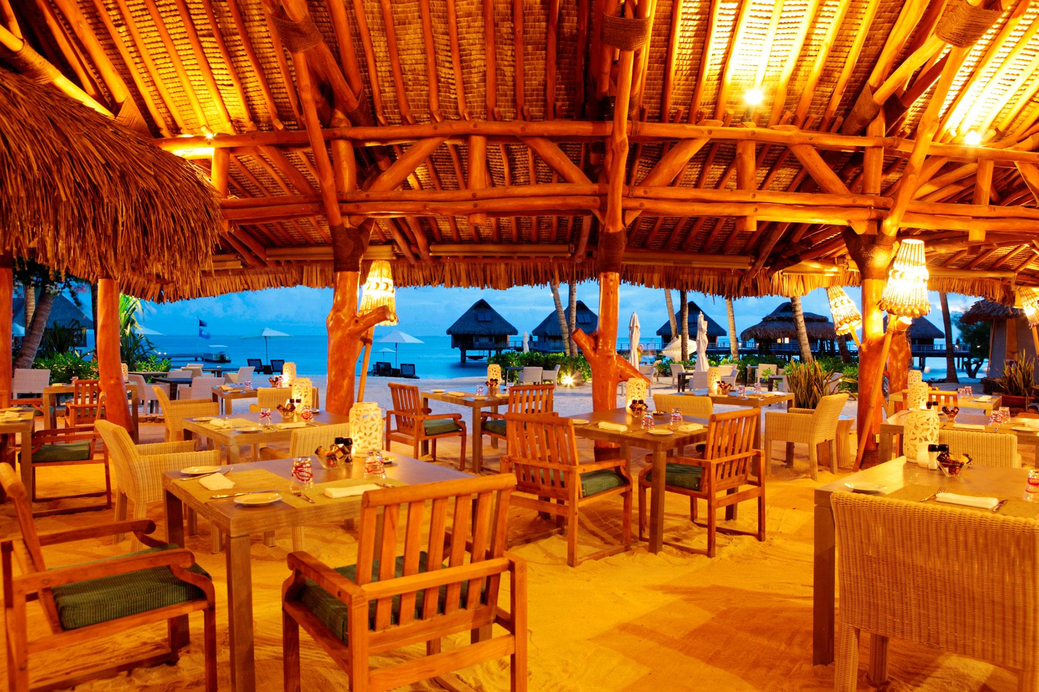 Hilton Bora Bora Nui Resort & Spa Dining