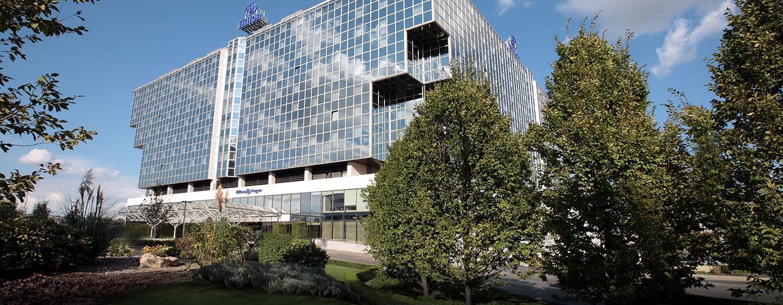 Das luxeriöse Hotel befindet sich zwischen der Altstadt und dem Geschäftsviertel von Prag