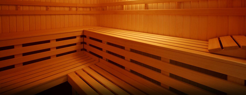 Entspannen Sie bei einem Gang in die große Sauna