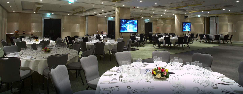 Gern können wir für Sie ein Galadiner im Ballsaal des Hotels organisieren