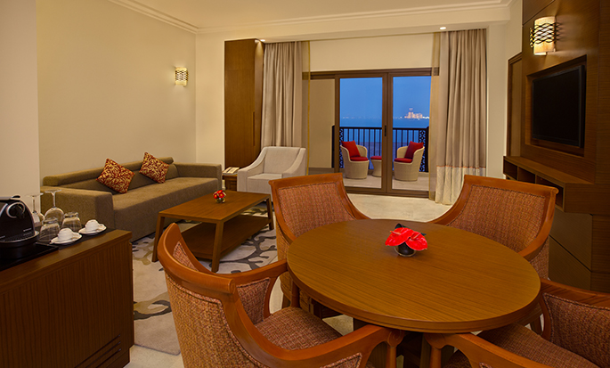 DoubleTree by Hilton Resort & Spa Marjan Island, Ras Al Khaimah, VAE – Suite mit einem Schlafzimmer