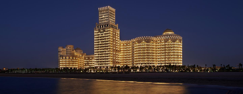 Waldorf Astoria Ras Al Khaimah -hotelli, Yhdistyneet arabiemiirikunnat – Waldorf Astoria yöllä