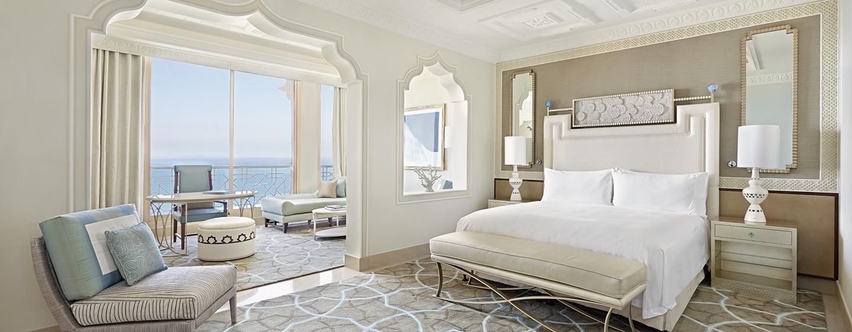 Waldorf Astoria Ras Al Khaimah -hotelli, Yhdistyneet arabiemiirikunnat – Parivuoteellinen Junior-sviitti merinäköalalla
