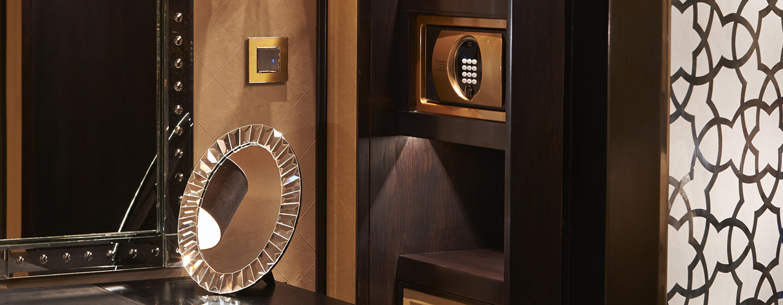 Waldorf Astoria Ras Al Khaimah hotell, Förenade Arabemiraten – Walk-in-garderob