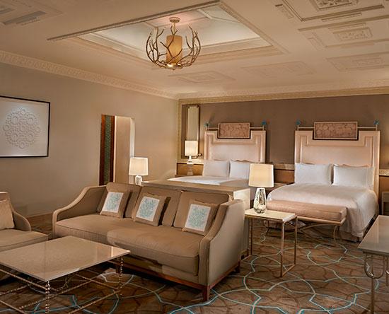 Waldorf Astoria Ras Al Khaimah -hotelli, Yhdistyneet arabiemiirikunnat – kahden Queen-sängyn Queen Classic-huone