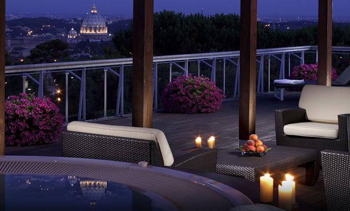 Rome Cavalieri, Waldorf Astoria Hotels & Resorts – Terraço da suíte Penthouse