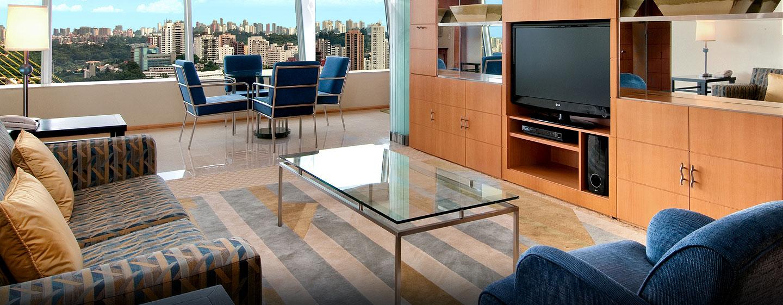 Hotel Hilton Sao Paulo Morumbi, Brasil - Sala de estar de la suite residencial