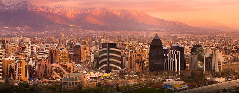 Hilton Garden Inn Santiago Airport, Chile - Vista panorámica a Santiago