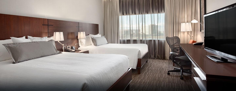 Hilton Garden Inn Santiago Airport, Chile - Habitación con cama doble