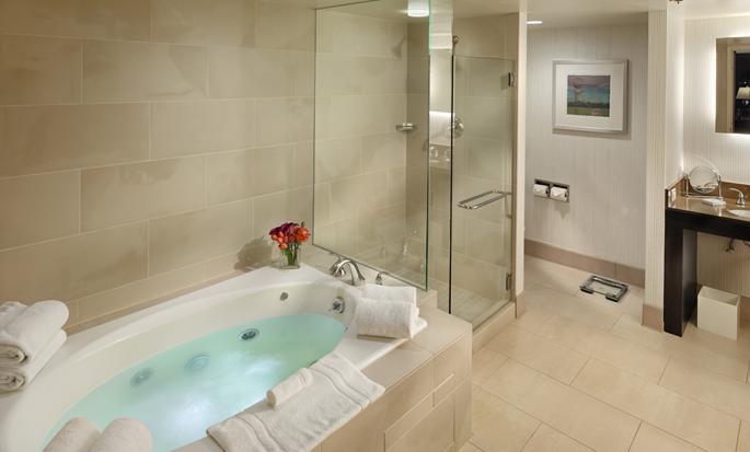 Parc 55 San Francisco - een Hilton Hotel, USA - Badkamer hoeksuite