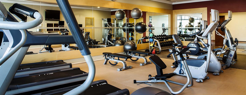 Genießen Sie Ihr Training im großen und modernen Fitness Center des Hotels