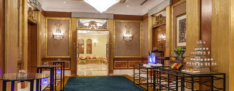 Das Foyer vom Ballsaal kann für Pausen und Austellungen genutzt werden