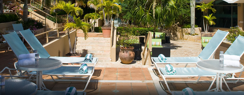 Hotel DoubleTree by Hilton San Juan, Puerto Rico - Piscina