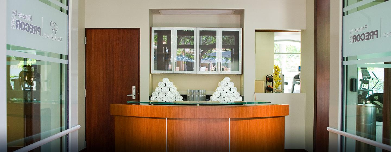 Hotel DoubleTree by Hilton San Juan, Puerto Rico - Entrada del gimnasio