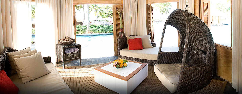 El San Juan Resort & Casino, a Hilton hotel, Carolina, Puerto Rico - Cabañas de la piscina
