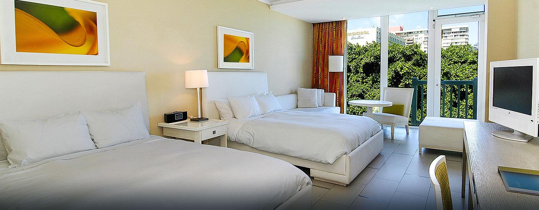 El San Juan Resort & Casino, a Hilton hotel, Carolina, Puerto Rico - Habitación con camas dobles
