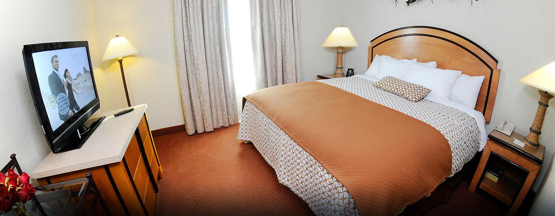 Hotel Embassy Suites San Juan - Hotel & Casino, Puerto Rico - Dormitorio de la suite