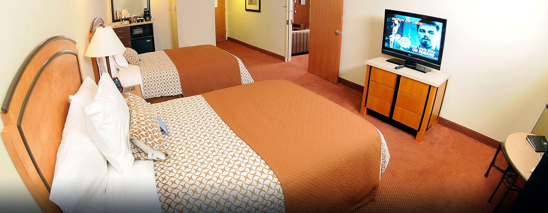 Hotel Embassy Suites San Juan - Hotel & Casino, Puerto Rico - Dormitorio de la suite doble