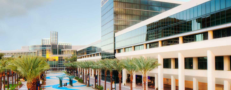 Hôtel Hilton Anaheim Californie Extérieur De L En Journée