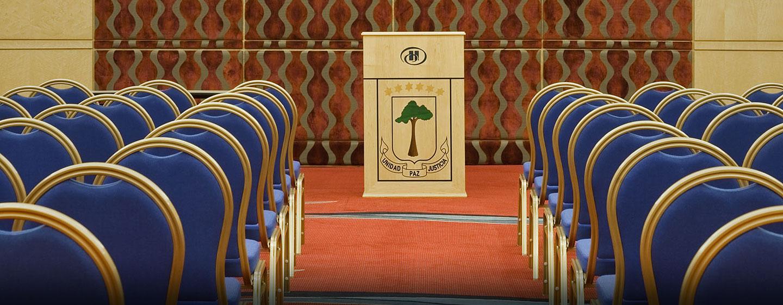 Hotel Hilton Malabo, Guinea Ecuatorial - Sala de reuniones con montaje tipo aula